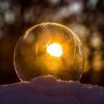 frozen-bubble-1995623_640